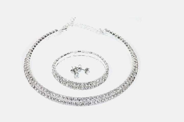 Elegant smykkesett med Swarovski-krystaller