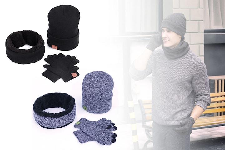 Mössa, halsduk och handskar