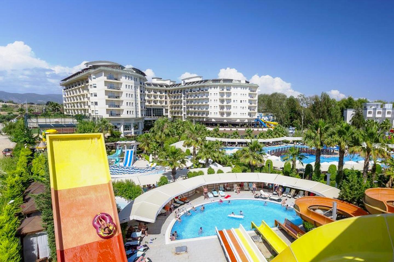 Flyg till Alanya med 5-stjärnigt hotell och ultra all inclusive (1 av 13)