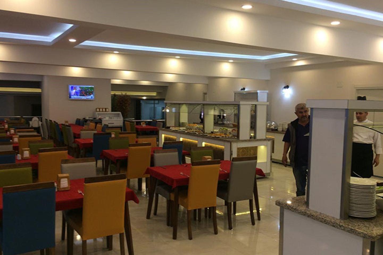 Èn uke all inclusive på Arsi Enfi City Beach Hotel i Alanya