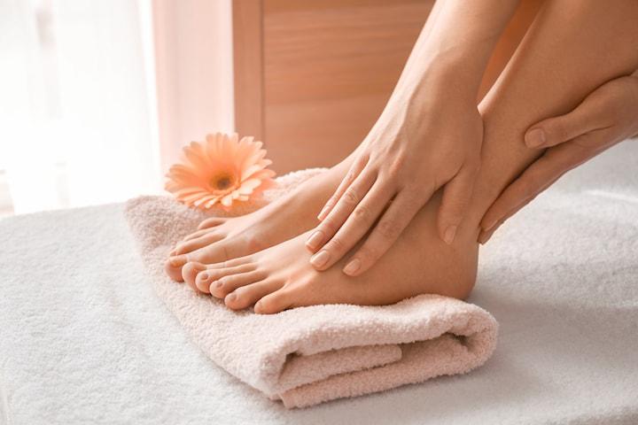 Pedikyr med shellac eller neglelakk hos Jessica Beauty Nails