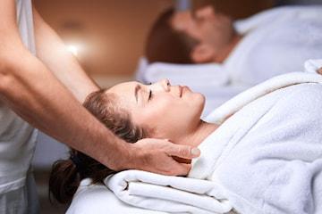 Herlig par-massasje hos Noa Massasje, ta med deg en venn eller kjæreste