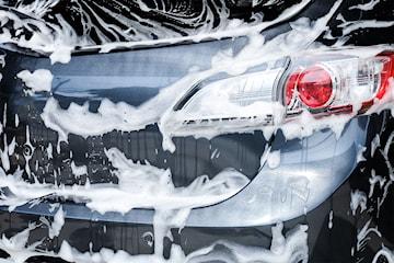 In- och utvändig tvätt hos Hisingens biltvätt