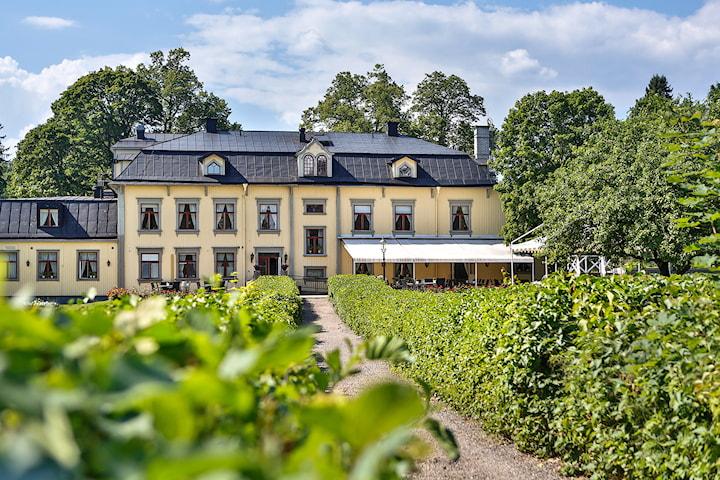 Weekend för 2 på Hennickehammars Herrgård