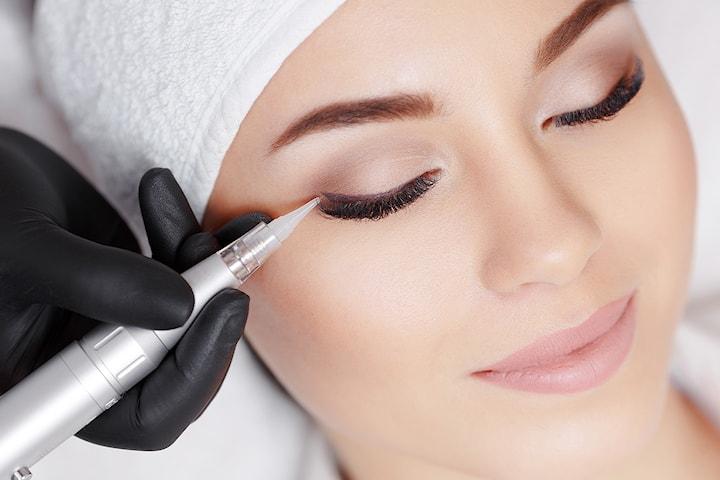 Permanent eyeliner makeup eyeliner hos PM Studio Esthetique