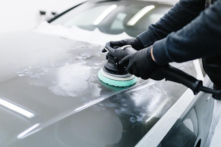 Keramisk vaxning med in- och utvändig bilvård