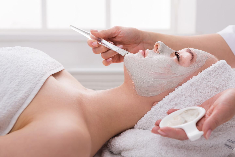 Fruktsyrebehandling hos Skin by Rubi AS (1 av 1)
