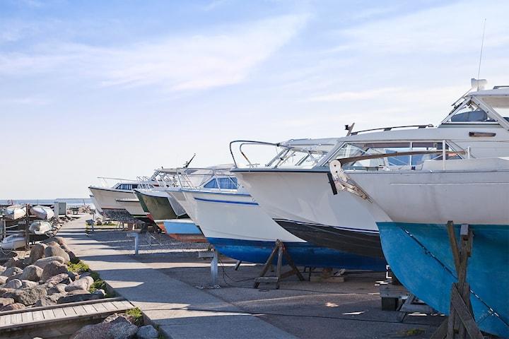 Vinterlagring av båt inntil 30 fot hos Bilpleiesenteret Vest