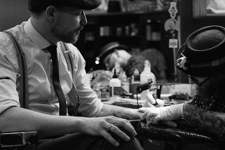 Gavekort på old school tatovering hos Genistreker