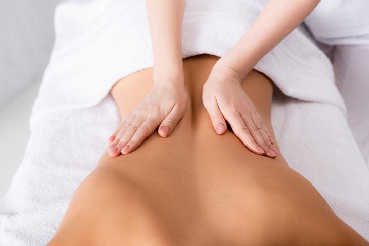 Vaxning inkl. avkopplande massage hos Artira Wellness