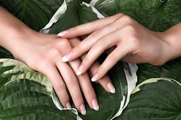 Få høstens fineste negler med ulike gellakkbehandlinger hos Nailed It
