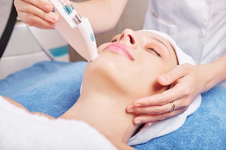 Restylane skinbooster hos  Salong Why Not