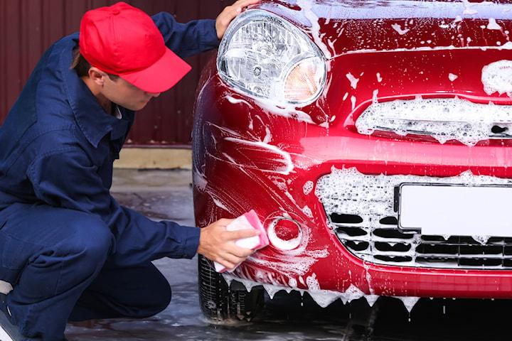 Exklusiv biltvätt och helvaxning