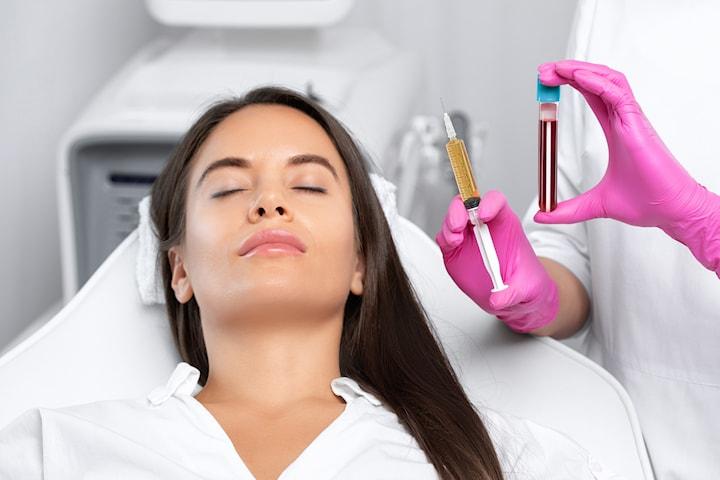 Föryngrande PRP-behandling som ger huden glöd