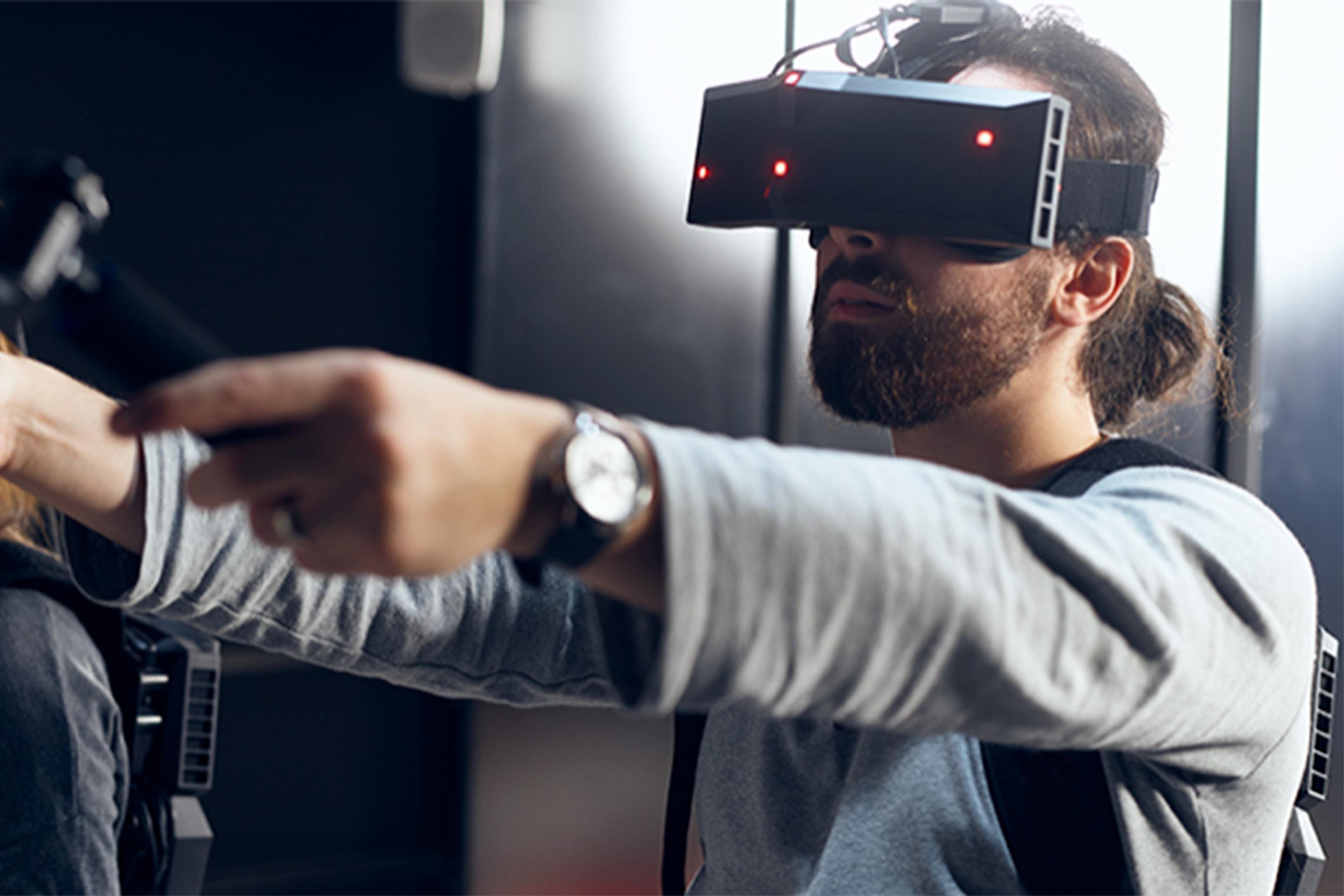 Middag & VR-spel för 2 eller 4 personer