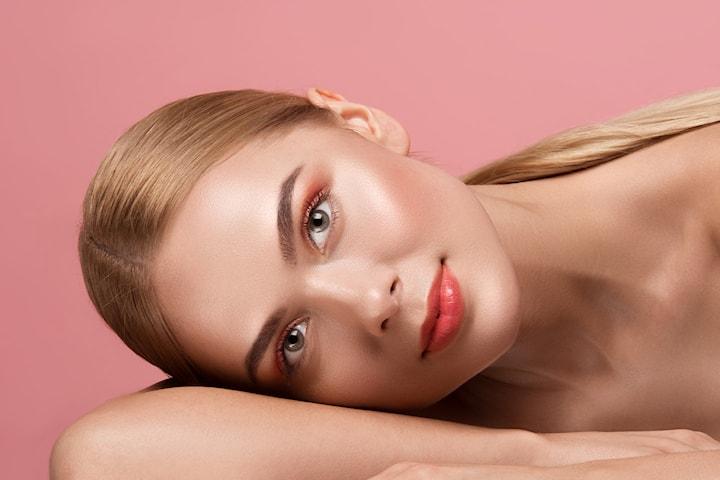 Keratin vippeløft inkl farge, med eller uten brynsforming hos Face & Brows Studio
