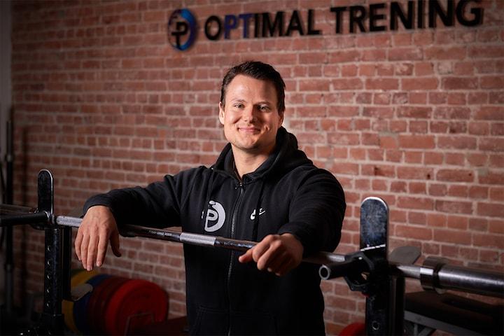 Få resultatene du alltid har ønsket deg med 10 eller 5 PT-timer hos kjente Optimal Trening