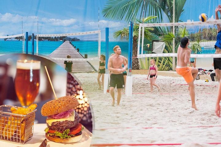 Beach volley, quiz och burgare på Beach Center