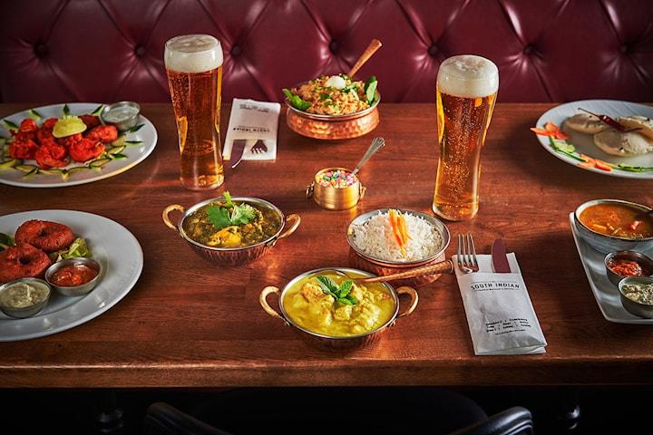Indisk trerätters middag inkl. ett glas öl/vin