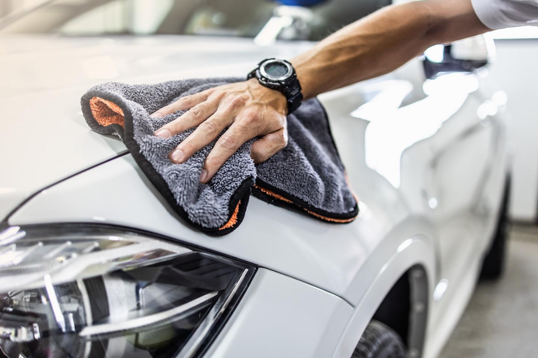 Supervask av bilen hos Økonomi Bilservice (1 av 1)