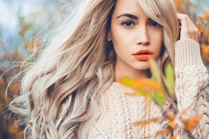 Frisk opp håret med balayage, sombre, farging eller striping hos Prive Hair and Beauty