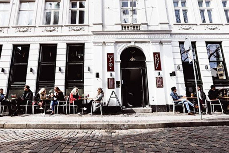 2 Gin och Tonic inkl. snackskorg i Köpenhamn