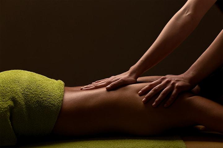 45 eller 60 minutters filippinsk massasje hos Healthy & Wellness
