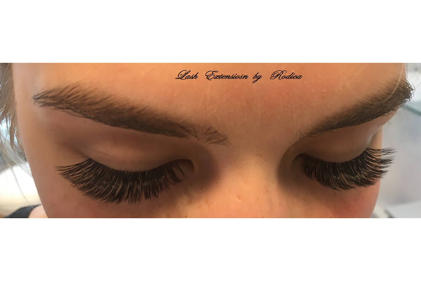 Vippe-extensions hos Lotus Beauty