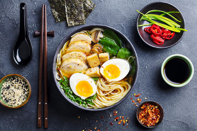 Lunch eller middag på Takara Sushi & Ramen (1 av 1)