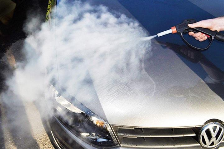 Biltvätt inkl. vaxning hos R S Wash