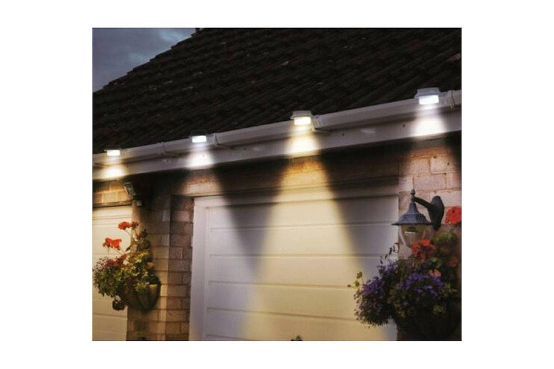 Soldrevet LED-lys til takrenne
