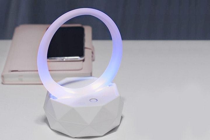 Nattlampa med Bluetooth och Hifi-högtalare
