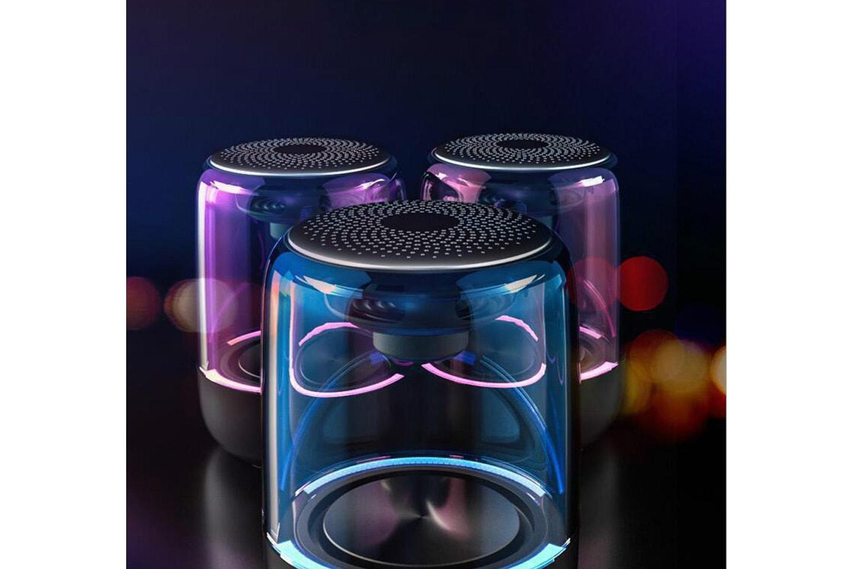 Høyttaler med LED-lys