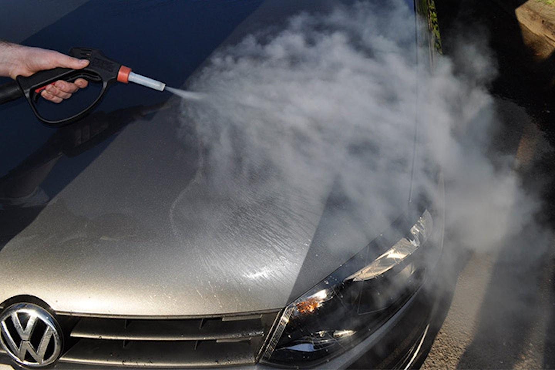 Biltvätt inkl. vaxning