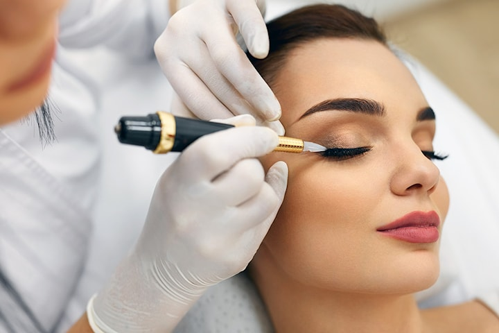 Permanent eyeliner hos PM Studio Esthetique