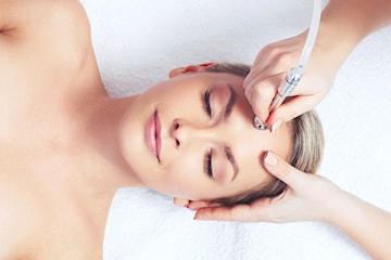 Ansiktsbehandling med diamantslipning