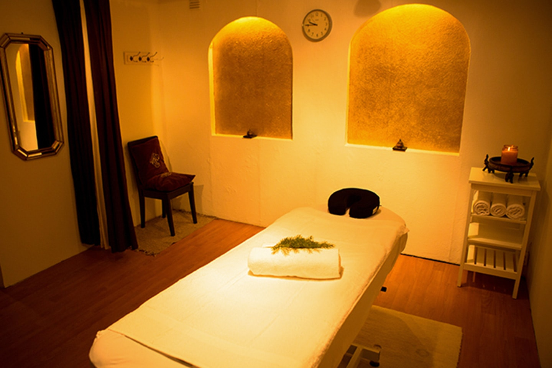 Klassisk massasje med idrettsmassasje eller dypterapeutisk massasje hos Studio Hegdehaugsveien 1