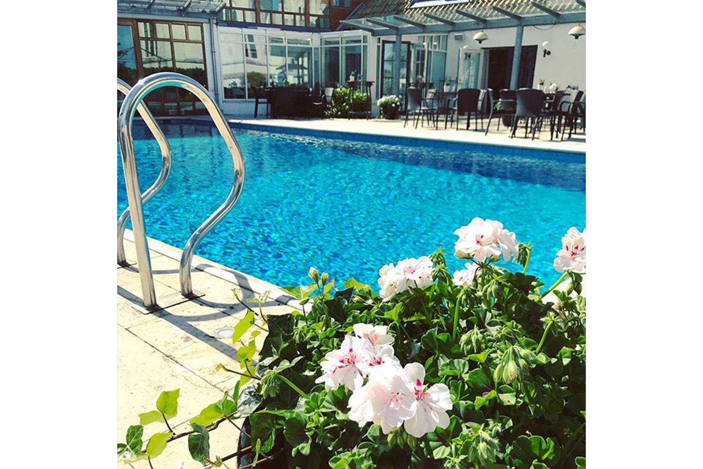 Spa, relax och övernattning för 2 på hotell Gässlingen