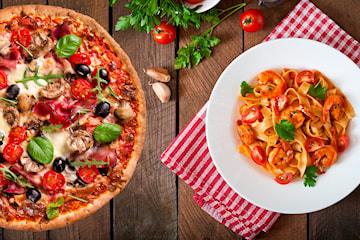 Takeaway hos Ruccola Cafe og Restaurant, velg mellom valgfri pizza og pasta