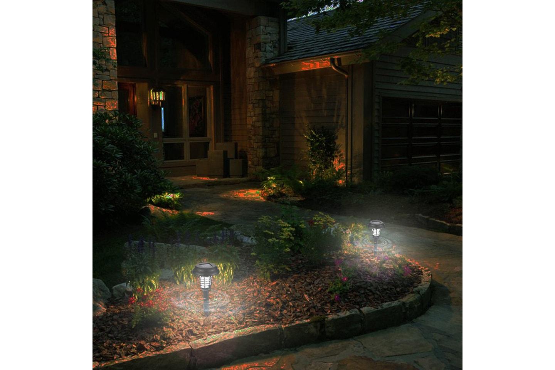 LED-lys med insektsfelle