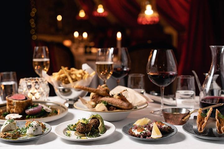 8 rätter i 4 serveringar på Le Rouge