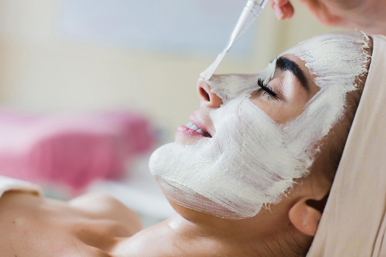 Skin re-boot ansiktspeeling hos Utsiden-Inn (1 av 4)
