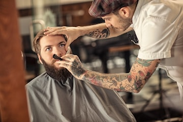 Klippning och skäggtrimning hos Salong Beautiful G.H.