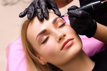Microblading, permanent makeup eller plasmapen hos Naturlig Fake i Strømmen