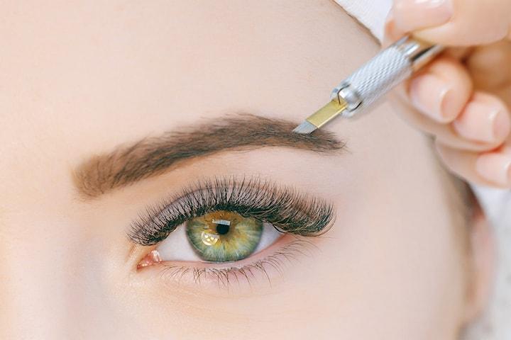 Fixa ögonbrynen med microblading