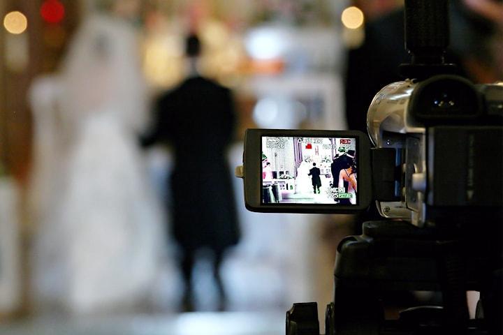 Livestreama ditt bröllop i sommar