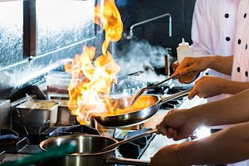 7-retters tasting meny hos Pinas i Bygdøy Allé – kun 249,5 kr per pers