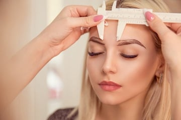 Ombre Brows med microblading