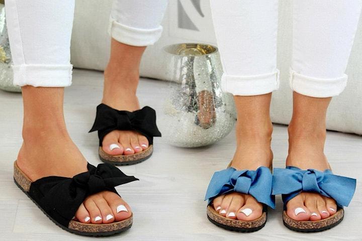 Sandal med rosett