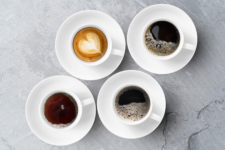 Kaffe hos Le croissant vid centralen